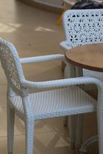 Цена на маси и столове от светъл ратан