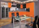 Кухня по поръчка оранжев МДФ мат