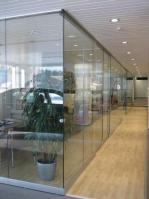 стъклена преградна стена 614-3246