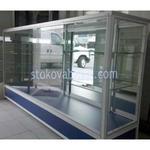 изработка на аптечни стелажи и витрини