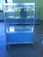 изграждане на аптечни стелажи и витрини
