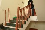 дървени парапети за стълбища по поръчка