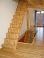 Изработване на стълбища от дърво по поръчка