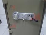 Комбинирани метални сейфове с шифър и ключ
