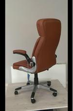 вносни естественна кожа офис столове